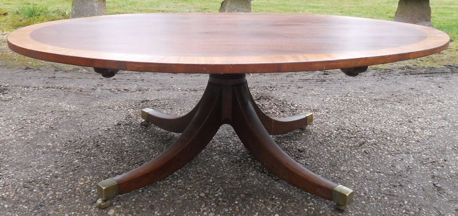 Large Oval Mahogany Coffee Table On Pedestal Base